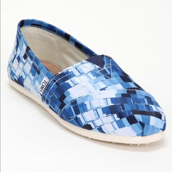 Toms Shoes - NWT Women's Toms